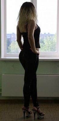 Анна, 25, Петербург, Центральный